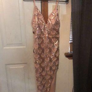 dress / open side leg